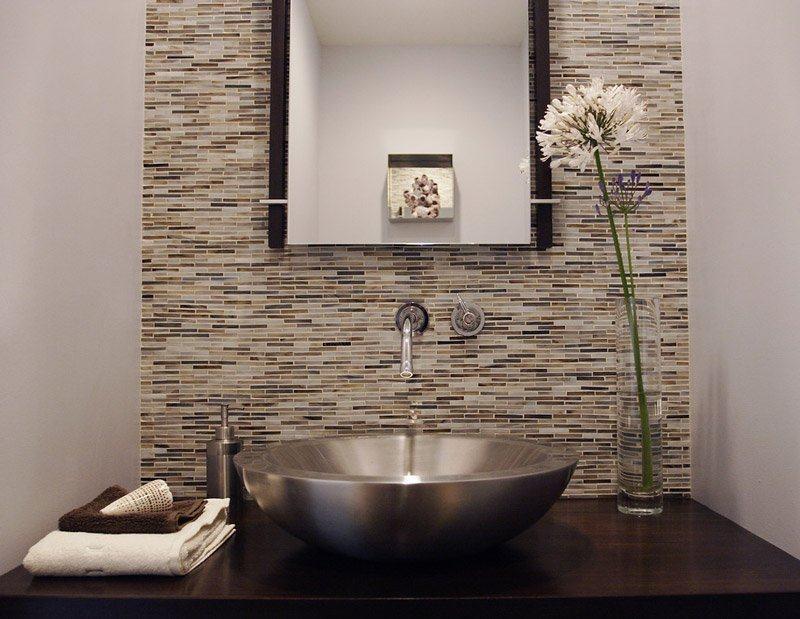 Veja dicas de decoração e móveis para banheiros modernos  Jet Dicas -> Banheiros Sociais Modernos