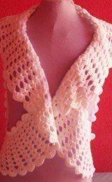 coletes feitos de crochê