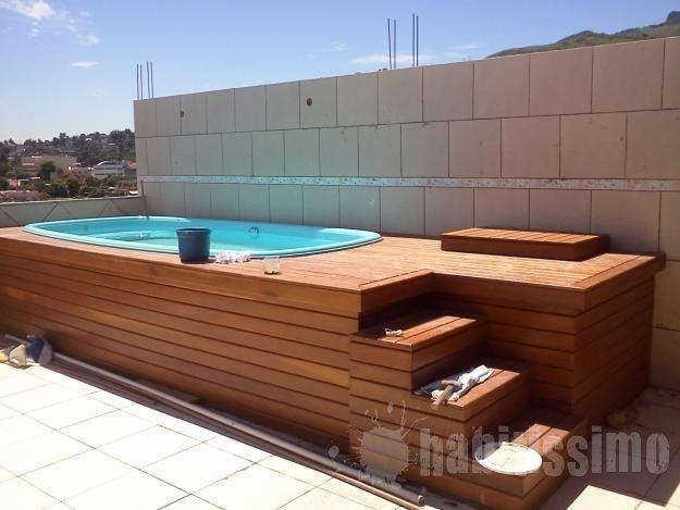 Lindas piscinas com deck de madeira t super na moda jet for Comprar jacuzzi interior barato