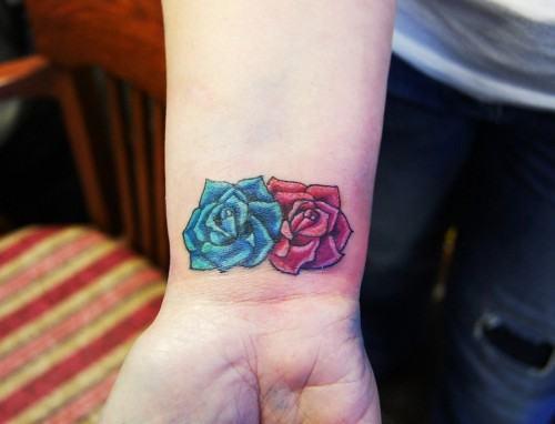 Tatuagens Femininas Com Flores Espalhadas Pelo Corpo Jet Dicas