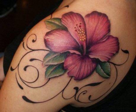 tatuagens-femininas-com-flores-no-ombro
