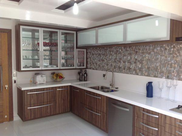 Confira dicas de cozinha PLANEJADA pequena ( 24 configurações )