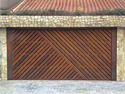 fotos com portão de madeira residencial