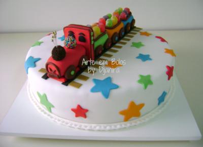 modelos de bolo infantil com pasta americana decorada