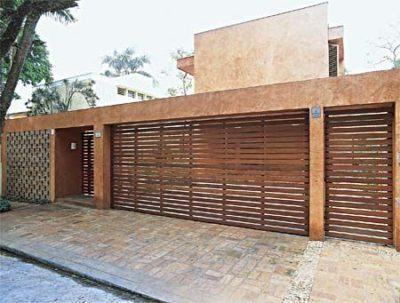 modelos de portão residencial de madeira